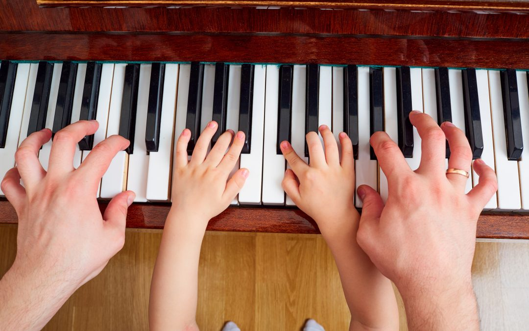 EDUCAÇÃO MUSICAL? TOQUE SIM ESTA CANÇÃO.