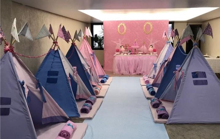 Festa Do Pijama Com Cabanas – Para Meninos e Meninas
