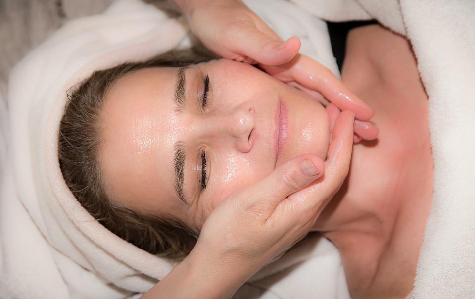 Limpeza de pele com Vácuo Sucção