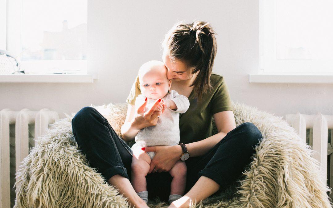 Usando penico com um bebê – Elimination Communication