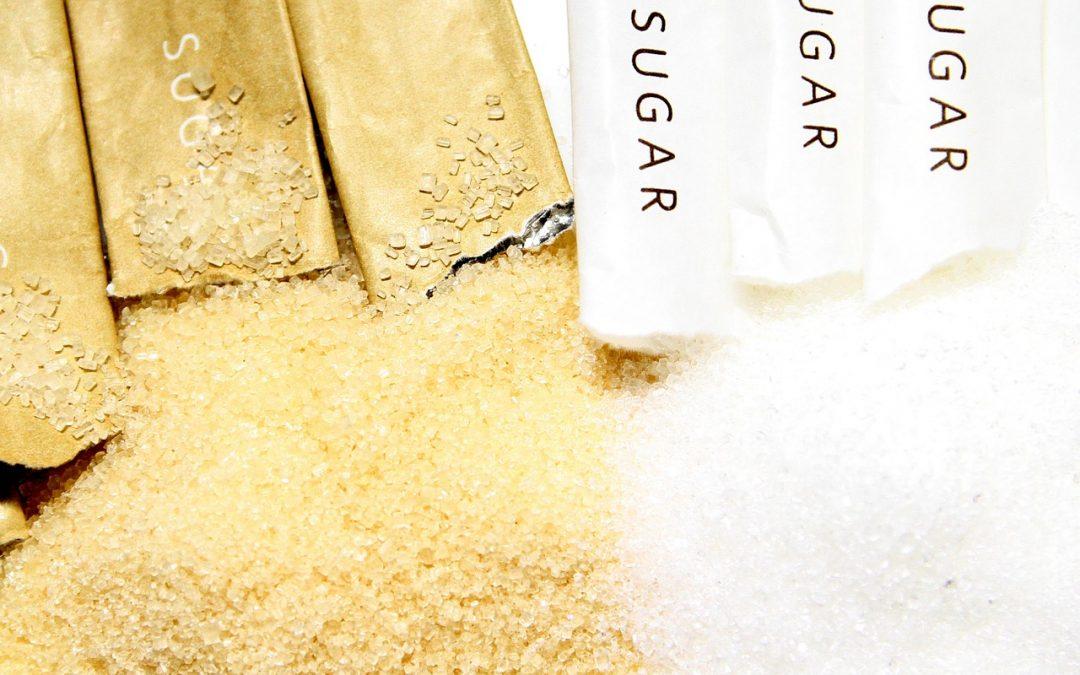 Açúcar demerara, mascavo ou orgânico são mesmo mais saudáveis?